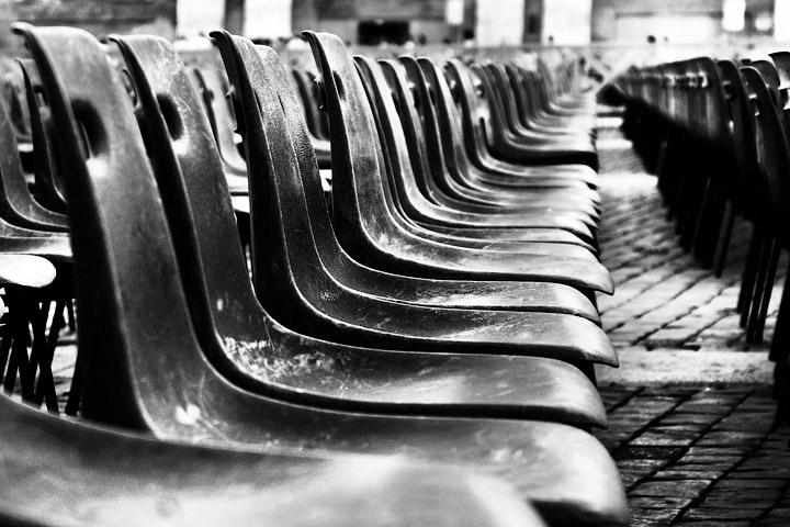 sedie chairs tante many moltitudine fila