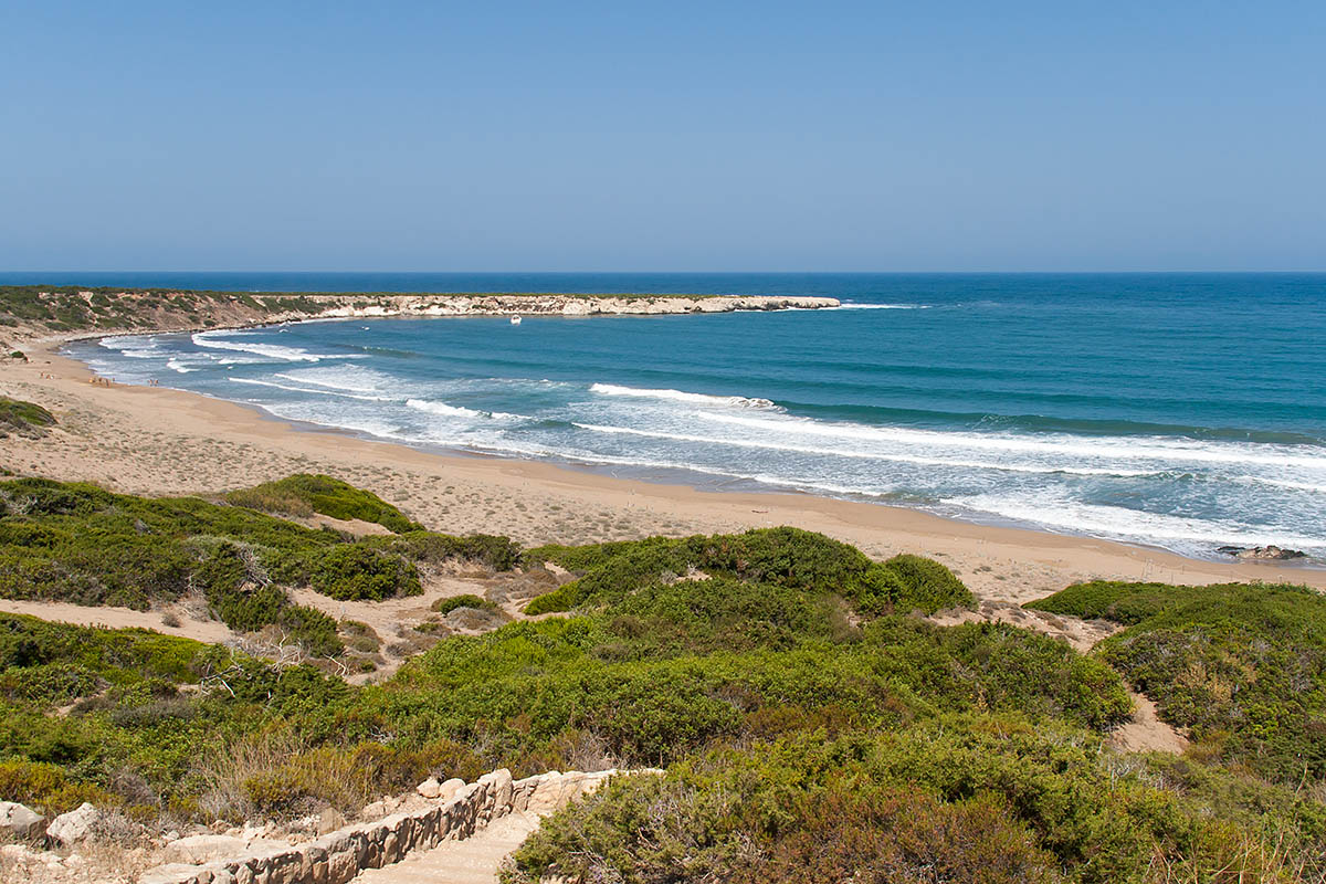 lara beach best in seaside sand migliore white yellow spiaggia walking waves onde cipro cyprus holiday vacanze sea mare Πάφος Pafos Polis