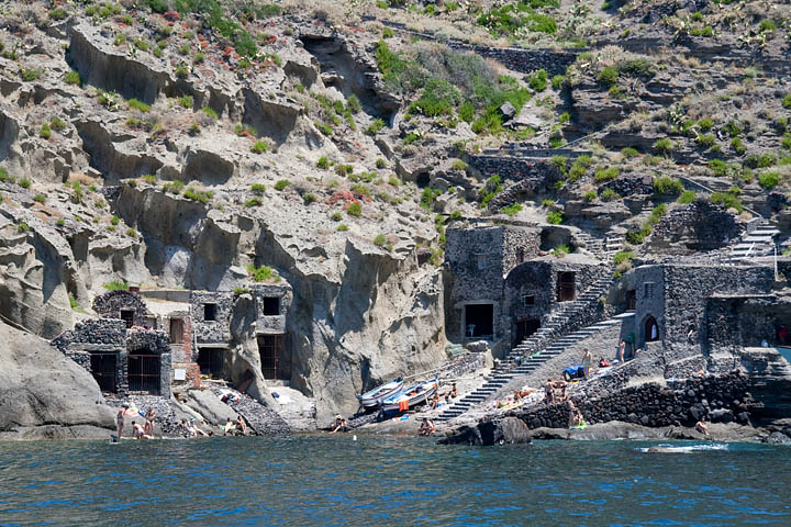 Sicily porto and islands on pinterest for Salina sicily things to do