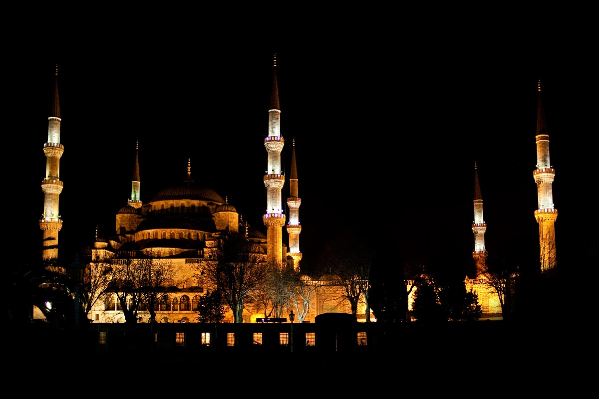 notte night moschea blu blue mosque istanbul instanbul turchia canon 5d 35mm f/1.4 1.4