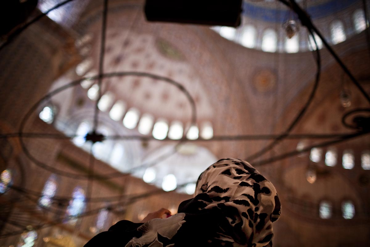 interno indoors moschea blu blue mosque istanbul instanbul turchia canon 5d 35mm f/1.4 1.4